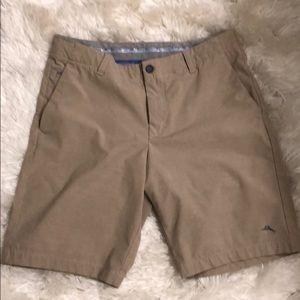 Tommy Bahama shorts . Tan sz32